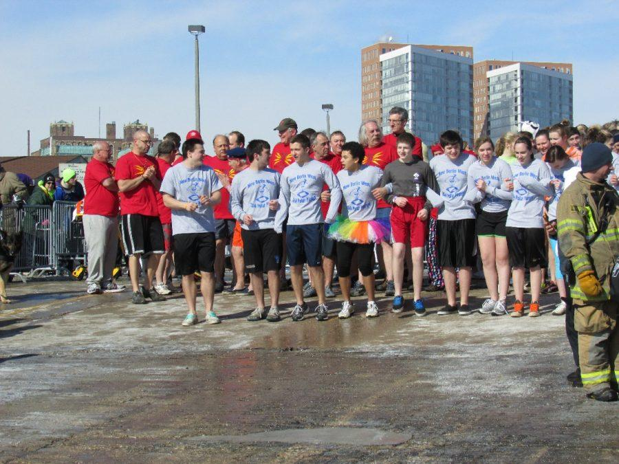 New+Berlin+West+DECA+members+participating++in+the+Polar+Plunge.+They+each+raised+%2475.+