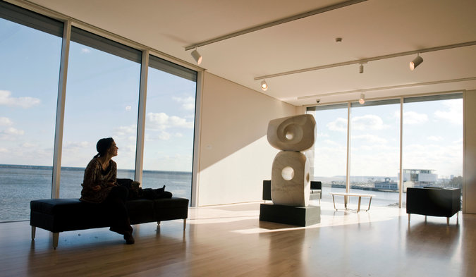 One of the new viewing rooms at the Milwaukee Art Museum features a look over Lake Michigan.